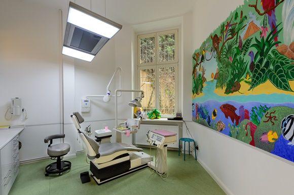 Русский стоматолог в Берлине. Стоматологические услуги в Берлине. Зубной врач в Берлине. Лечение зубов в Берлине